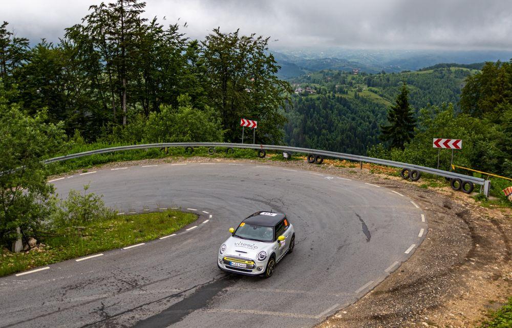 Întâlnire pe circuit cu Mini Electric Racing: modelul de competiție este dezvoltat 100% în România - Poza 49