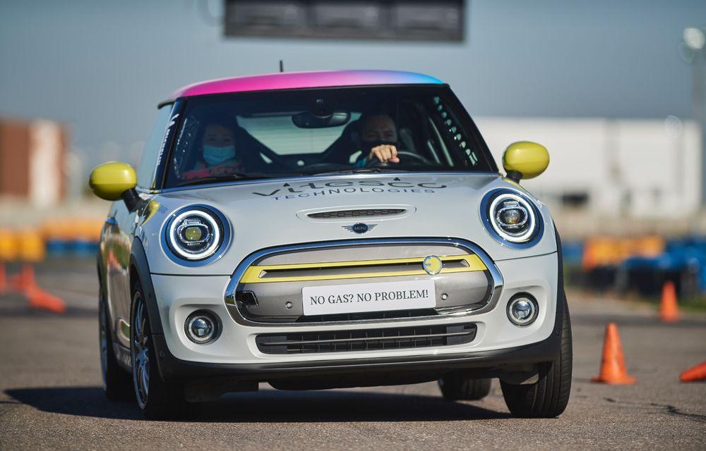 Întâlnire pe circuit cu Mini Electric Racing: modelul de competiție este dezvoltat 100% în România - Poza 2