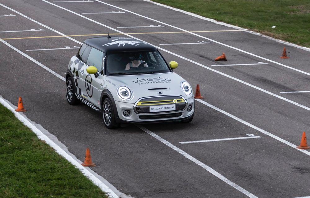 Întâlnire pe circuit cu Mini Electric Racing: modelul de competiție este dezvoltat 100% în România - Poza 91
