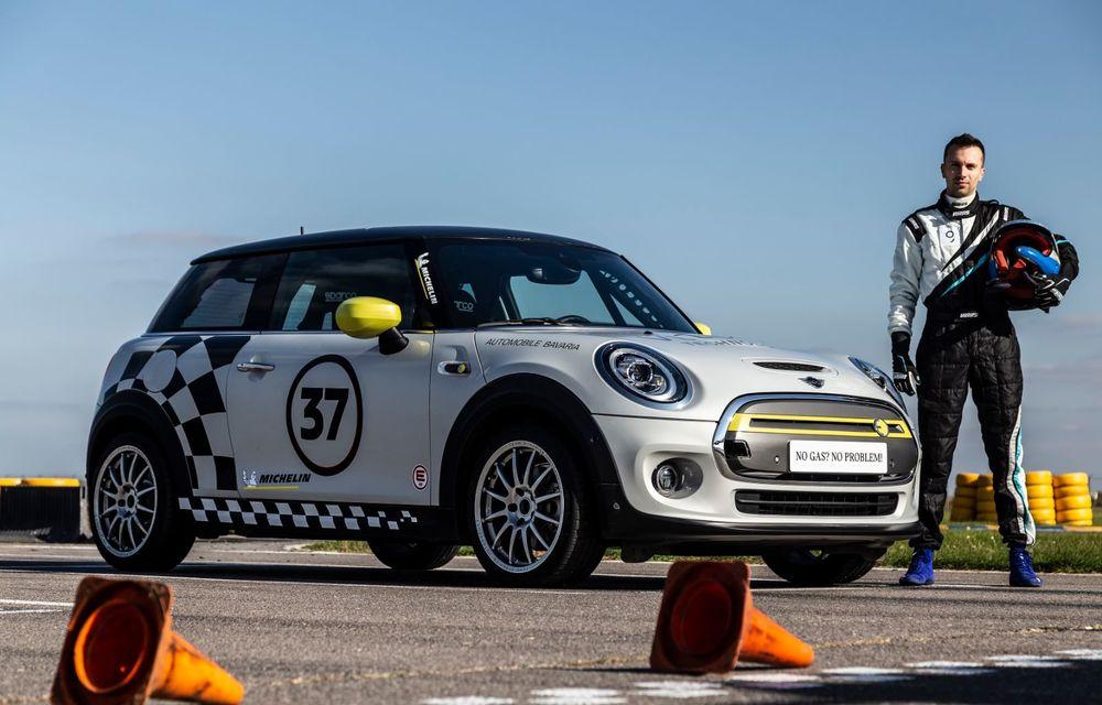 Întâlnire pe circuit cu Mini Electric Racing: modelul de competiție este dezvoltat 100% în România - Poza 66