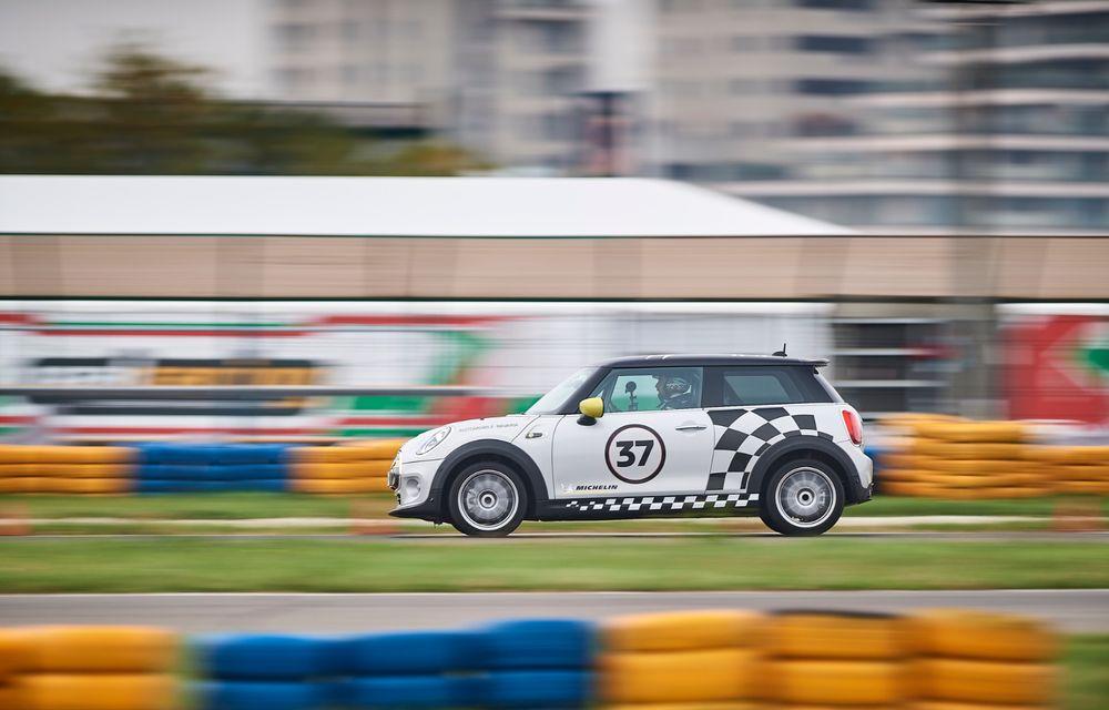 Întâlnire pe circuit cu Mini Electric Racing: modelul de competiție este dezvoltat 100% în România - Poza 10