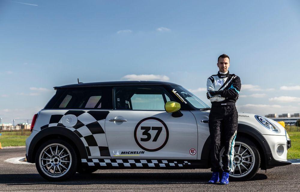 Întâlnire pe circuit cu Mini Electric Racing: modelul de competiție este dezvoltat 100% în România - Poza 67