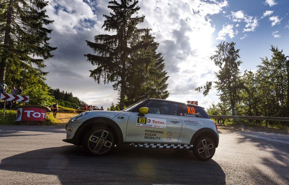 Întâlnire pe circuit cu Mini Electric Racing: modelul de competiție este dezvoltat 100% în România - Poza 48
