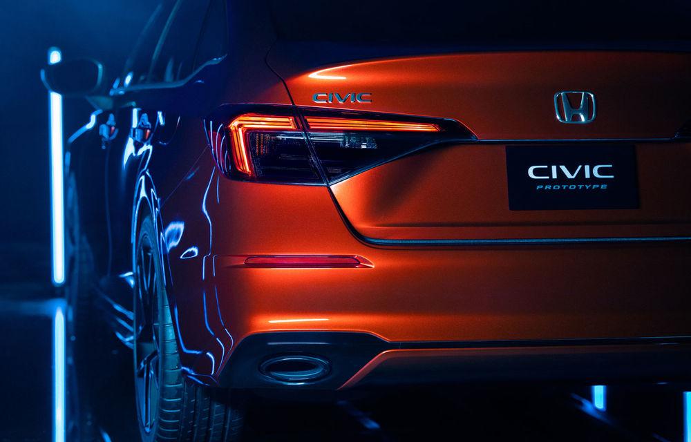 Primele imagini cu prototipul viitoarei generații Honda Civic: sedanul compact va fi lansat în Statele Unite în primăvară - Poza 3