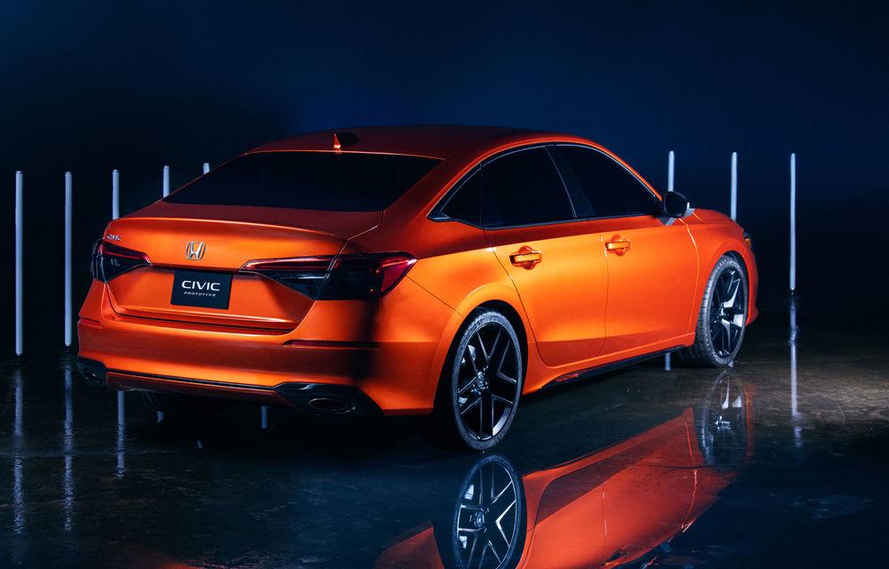 Primele imagini cu prototipul viitoarei generații Honda Civic: sedanul compact va fi lansat în Statele Unite în primăvară - Poza 4