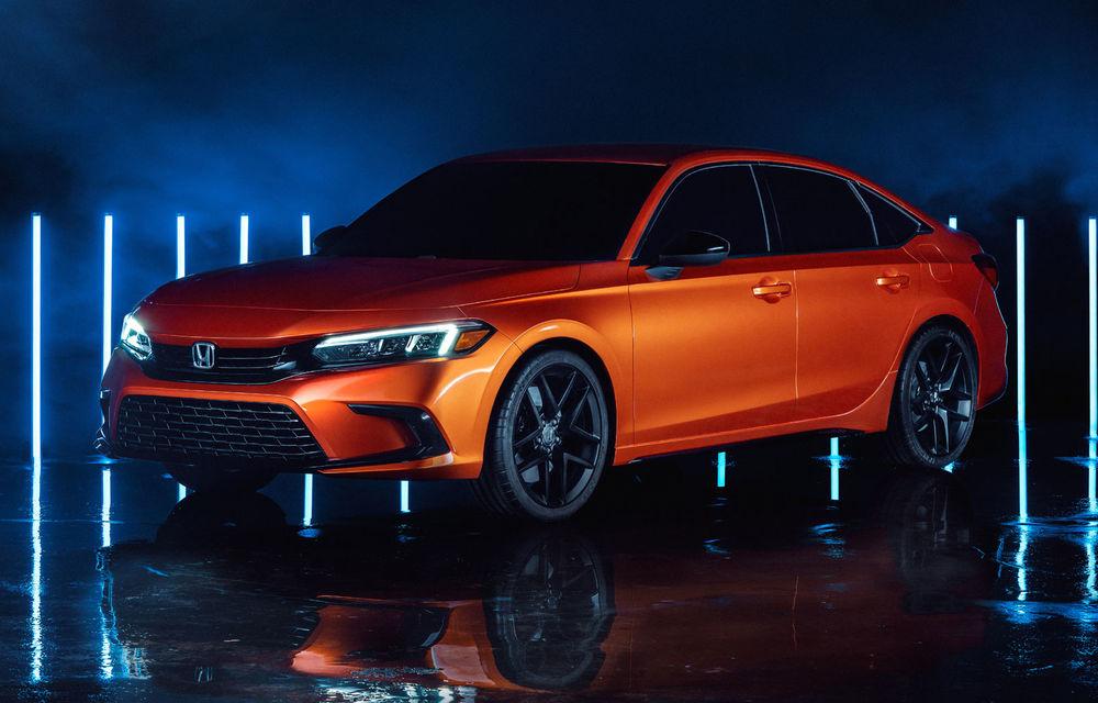 Primele imagini cu prototipul viitoarei generații Honda Civic: sedanul compact va fi lansat în Statele Unite în primăvară - Poza 1
