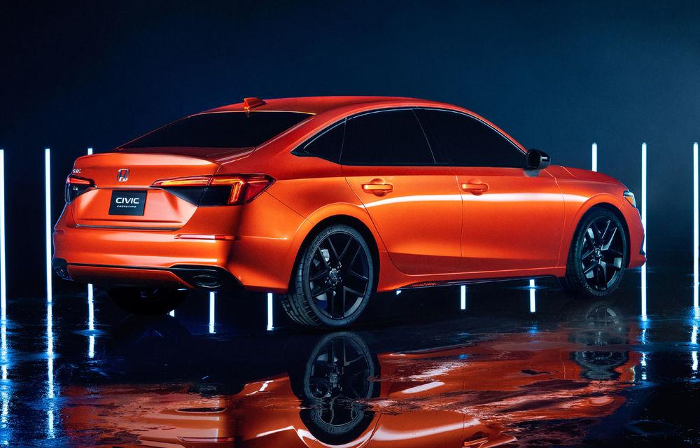 Primele imagini cu prototipul viitoarei generații Honda Civic: sedanul compact va fi lansat în Statele Unite în primăvară - Poza 2