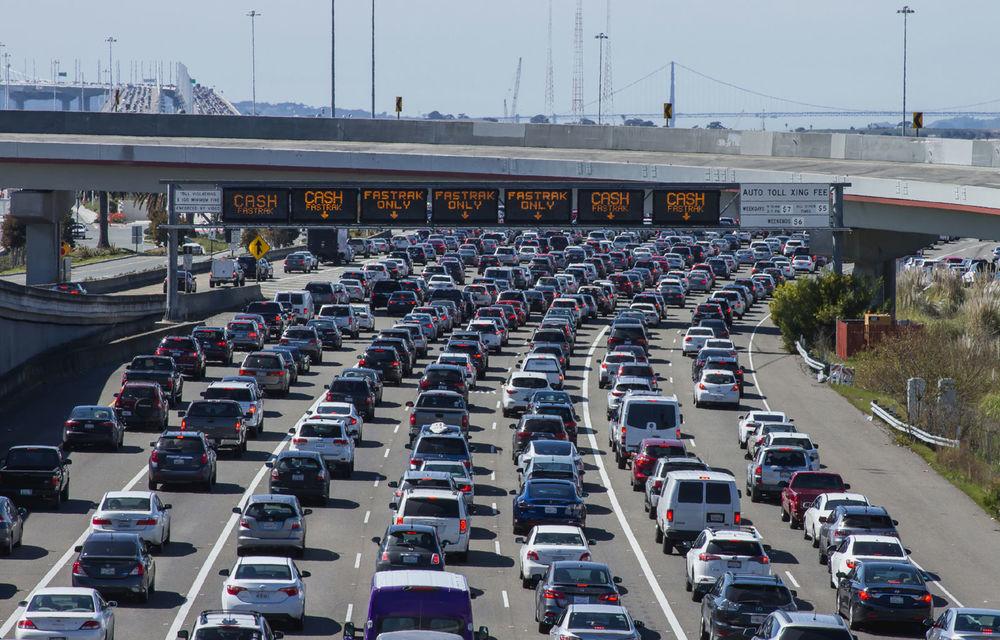 Tesla, Lucid Motors și Rivian au format un grup care propune interzicerea vânzărilor de mașini diesel și pe benzină după 2030 - Poza 1