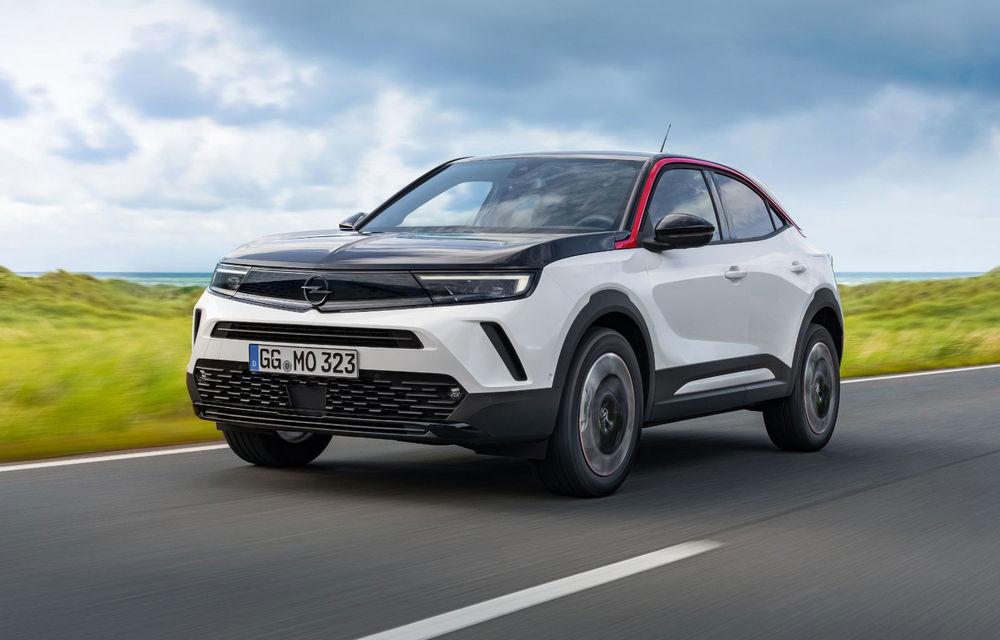 Opel dezvăluie primele detalii despre viitoarea generație Astra: compacta va avea influențe de design de la SUV-ul Mokka - Poza 1