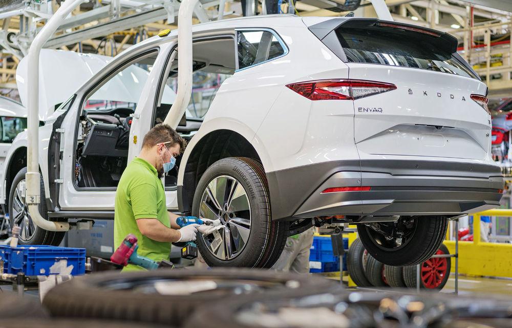 Skoda a început producția SUV-ului electric Enyaq iV: până la 350 de unități pe zi vor ieși de pe linia de asamblare - Poza 2