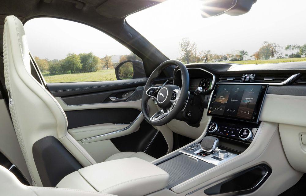 Jaguar a prezentat F-Pace SVR facelift: 550 de cai putere și 0-100 km/h în 4 secunde - Poza 4