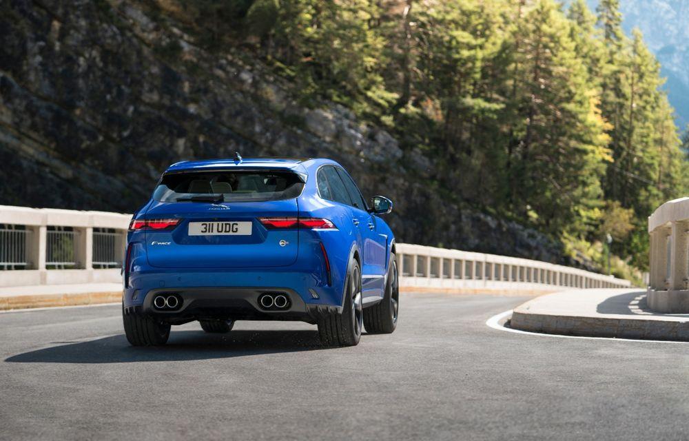 Jaguar a prezentat F-Pace SVR facelift: 550 de cai putere și 0-100 km/h în 4 secunde - Poza 3