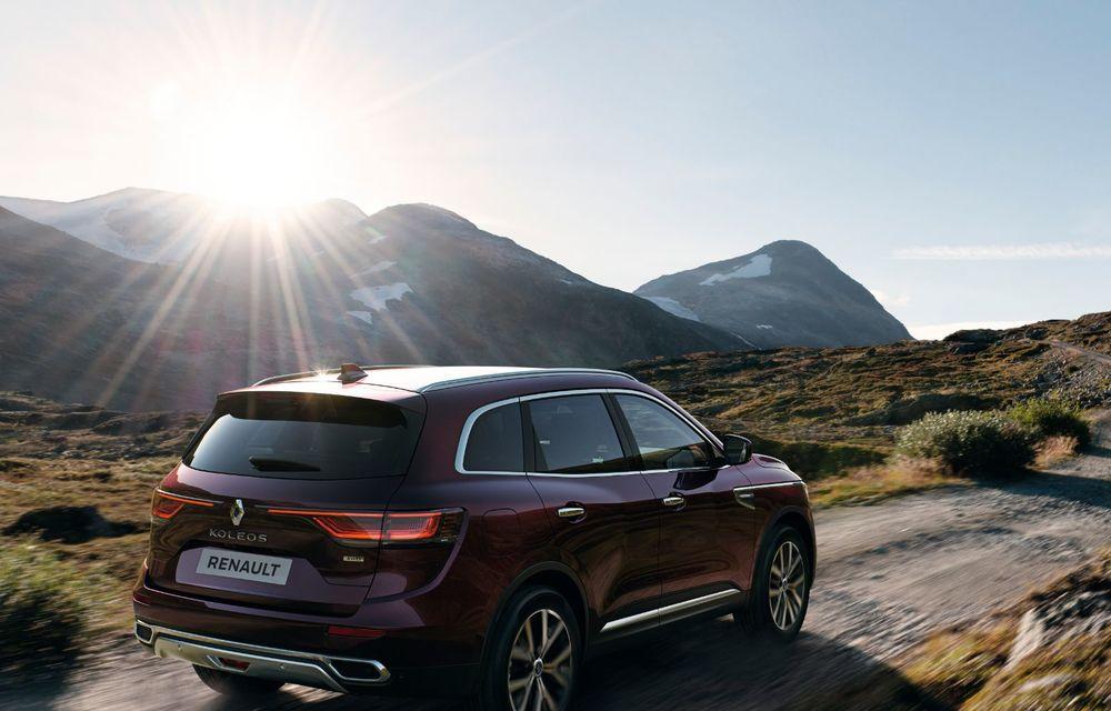 Îmbunătățiri pentru Renault Koleos: SUV-ul francez primește câteva noutăți de design și sistemul de asistență Hill Descent Control - Poza 3