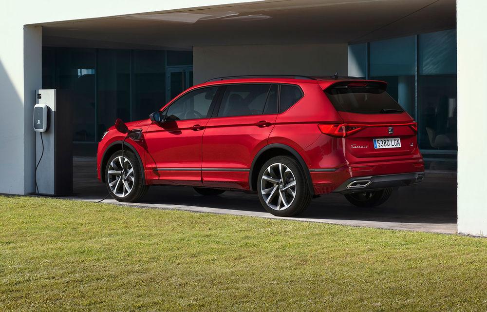 Versiunea plug-in hybrid a lui Seat Tarraco a intrat oficial în producție: modelul dezvoltă 245 CP și are o autonomie electrică de până la 49 de kilometri - Poza 1