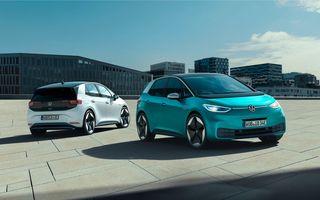"""Volkswagen anunță rezolvarea problemelor software pentru ID.3: unitățile livrate până acum vor fi """"reparate"""""""
