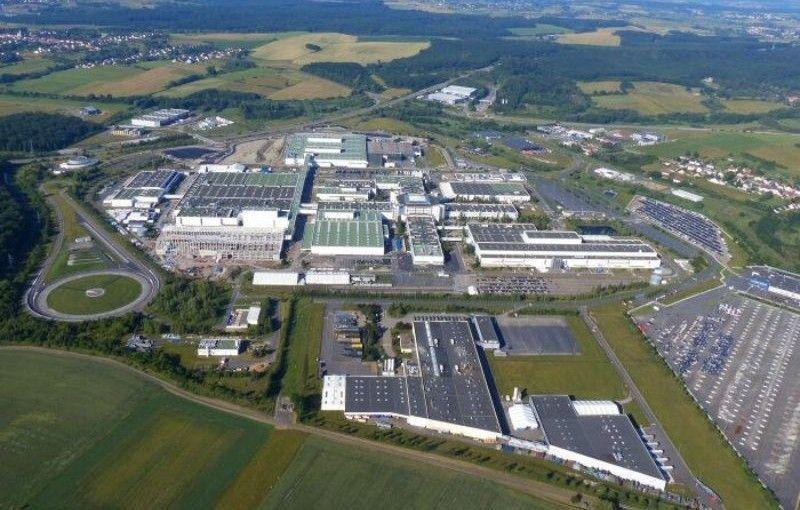 Ineos confirmă achiziția fabricii Mercedes din Franța: producția modelului Grenadier va începe anul viitor - Poza 1
