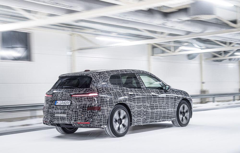 Anduranță cu prototipul viitorului SUV electric BMW iX: nemții au demarat sesiunile de teste în zona de nord a Europei - Poza 17