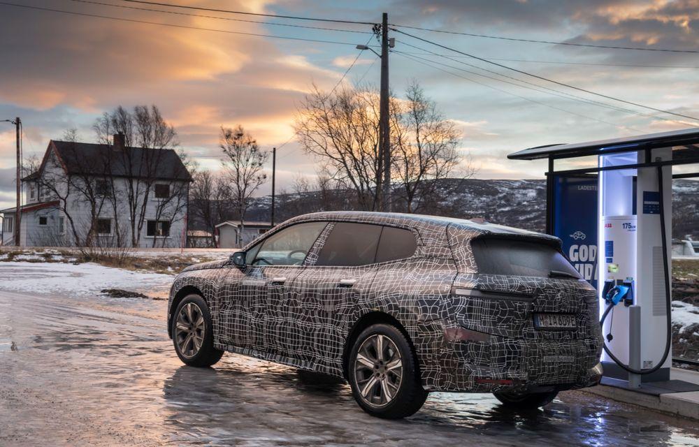 Anduranță cu prototipul viitorului SUV electric BMW iX: nemții au demarat sesiunile de teste în zona de nord a Europei - Poza 19