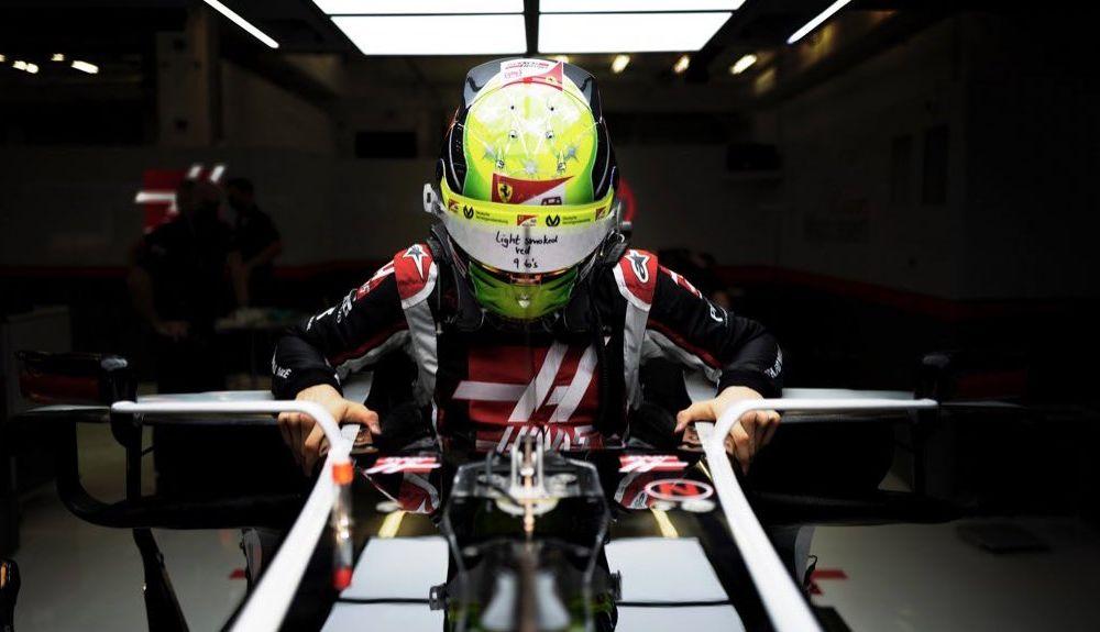Mick Schumacher a debutat în Formula 1: fiul lui Michael Schumacher a concurat în antrenamentele din Abu Dhabi - Poza 2