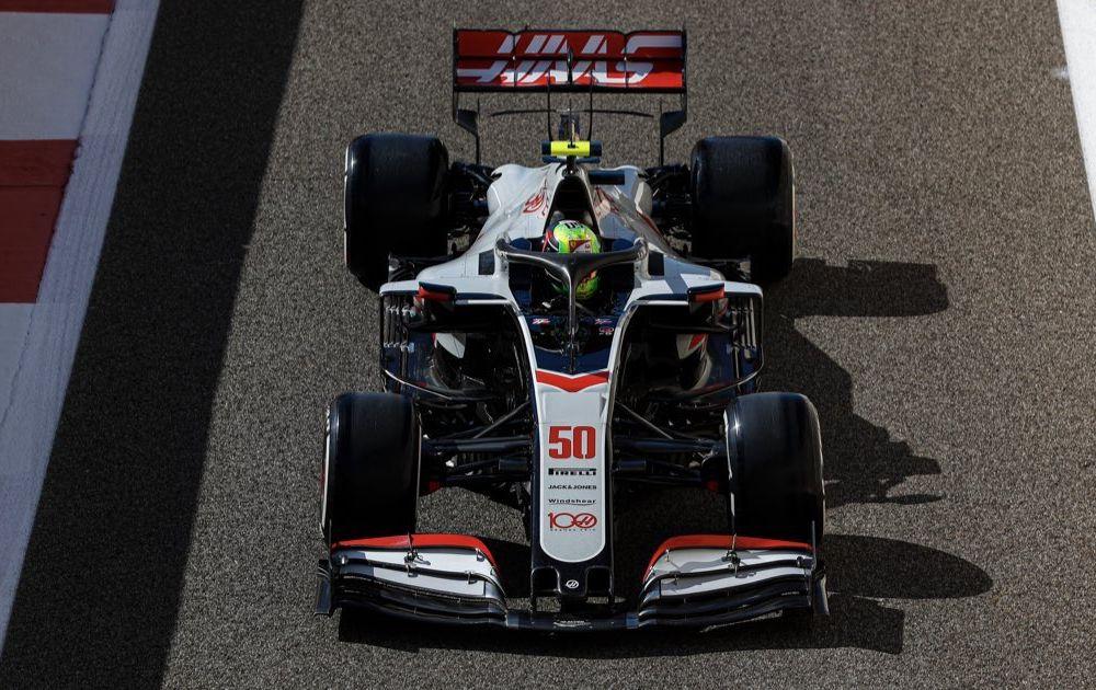 Mick Schumacher a debutat în Formula 1: fiul lui Michael Schumacher a concurat în antrenamentele din Abu Dhabi - Poza 5