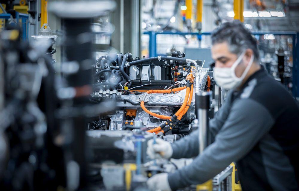 Premierele Mercedes-Benz în gama de electrice EQ pentru următorul an: nemții vor lansa SUV-urile EQA și EQB, și sedanurile EQE și EQS - Poza 6