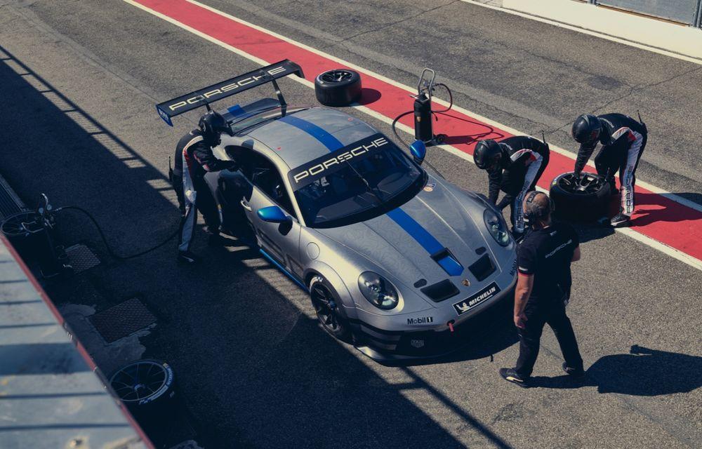 Porsche a prezentat noul 911 GT3 Cup: modelul de competiții oferă aproximativ 510 CP și 470 Nm - Poza 7