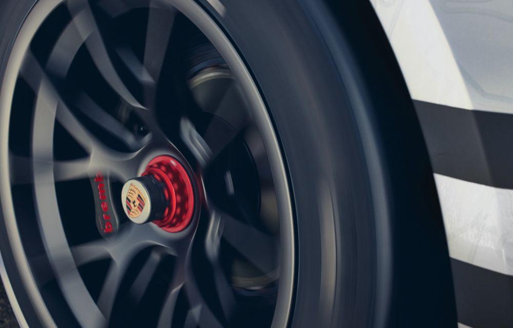 Porsche a prezentat noul 911 GT3 Cup: modelul de competiții oferă aproximativ 510 CP și 470 Nm - Poza 14