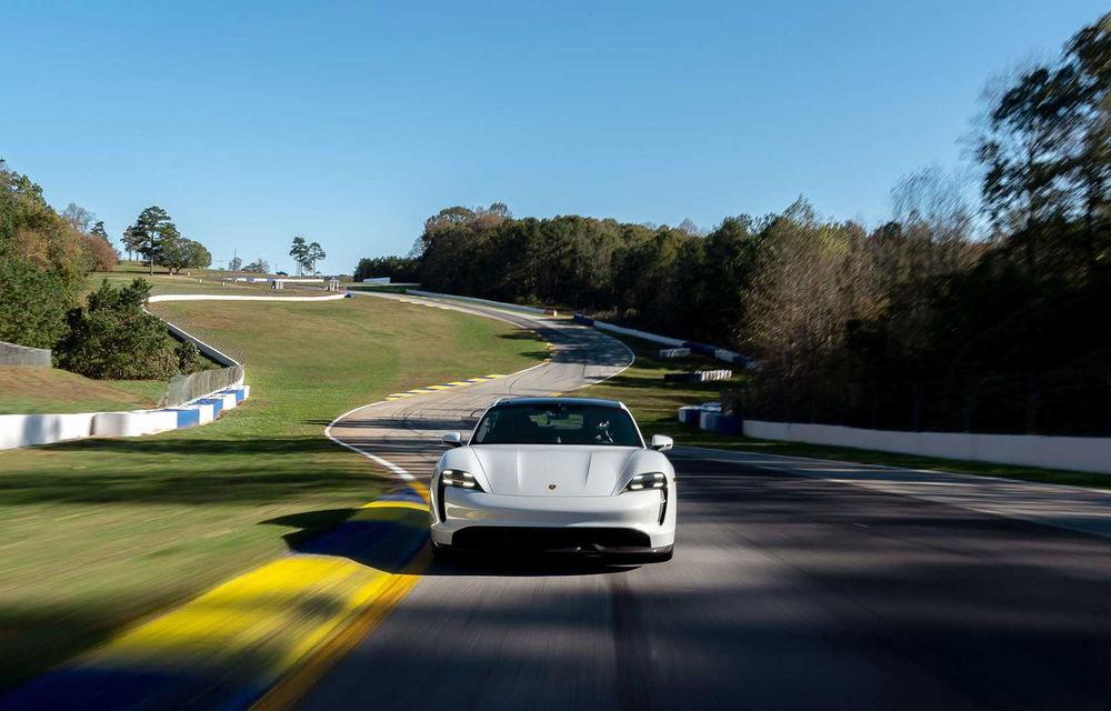 Porsche Taycan a devenit cel mai rapid model electric de pe circuitul Road Atlanta: un minut și aproape 34 de secunde pentru cei 4 kilometri ai traseului - Poza 1