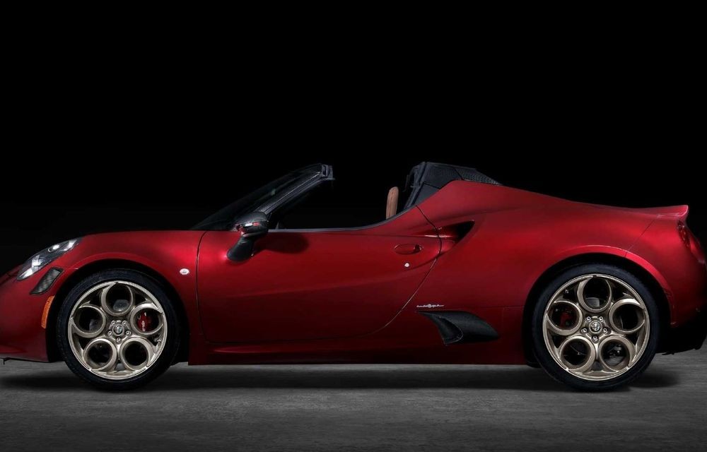Alfa Romeo lansează ediția specială 4C Spider 33 Stradale Tributo: 33 de unități dezvoltate pentru piața din America de Nord - Poza 4