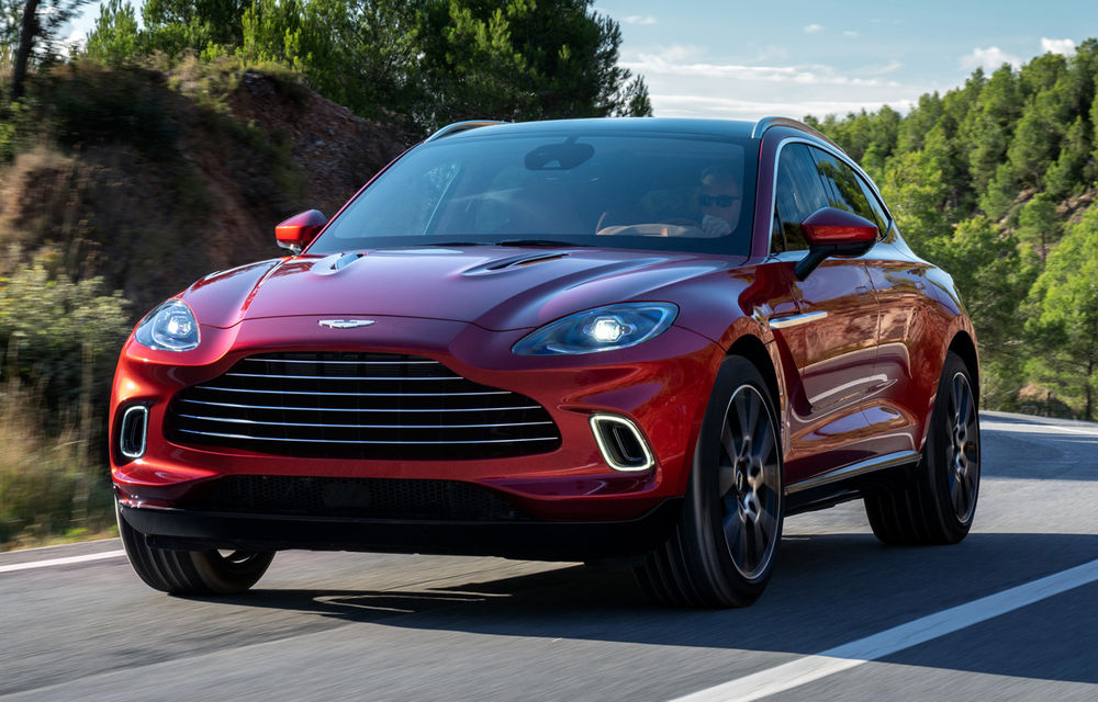 Aston Martin pregătește 10 lansări în următorii doi ani: SUV-ul DBX ar putea primi o versiune electrică sau hibridă - Poza 1
