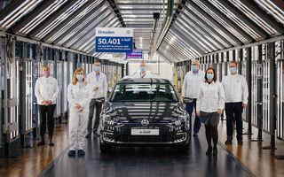 Final de carieră: uzina Volkswagen din Dresda a produs ultimul exemplar e-Golf