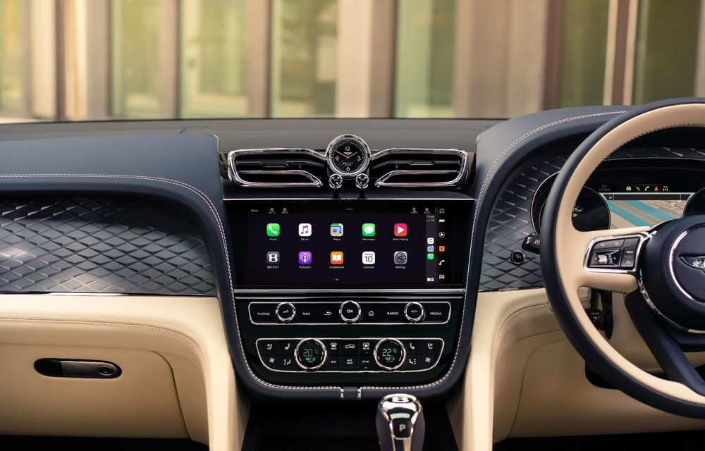 Bentley lansează Bentayga Hybrid facelift: 450 CP și autonomie de 50 de kilometri în regim electric - Poza 17