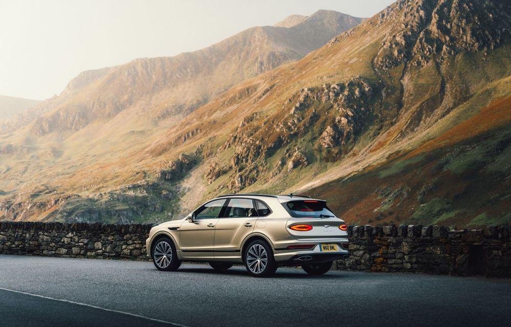 Bentley lansează Bentayga Hybrid facelift: 450 CP și autonomie de 50 de kilometri în regim electric - Poza 14
