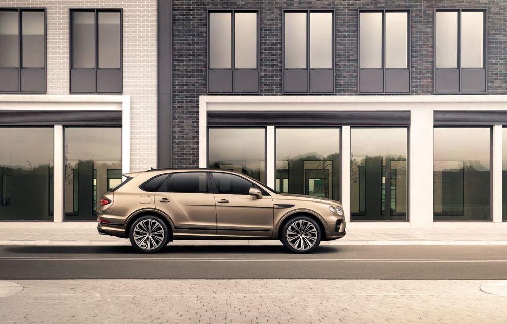 Bentley lansează Bentayga Hybrid facelift: 450 CP și autonomie de 50 de kilometri în regim electric - Poza 11