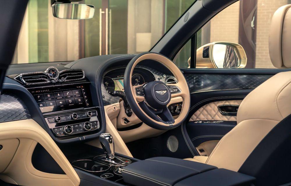 Bentley lansează Bentayga Hybrid facelift: 450 CP și autonomie de 50 de kilometri în regim electric - Poza 16