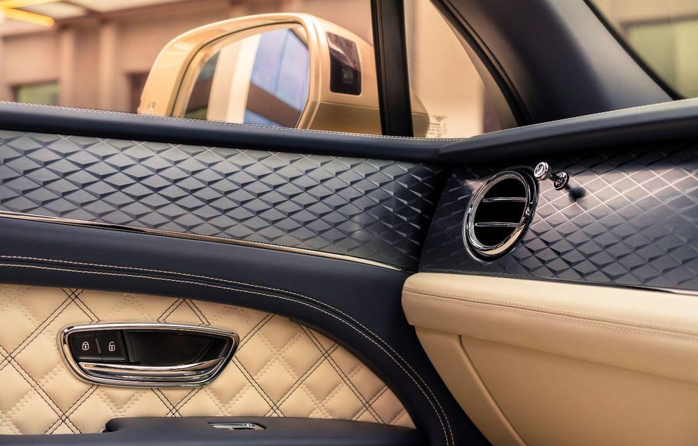 Bentley lansează Bentayga Hybrid facelift: 450 CP și autonomie de 50 de kilometri în regim electric - Poza 19
