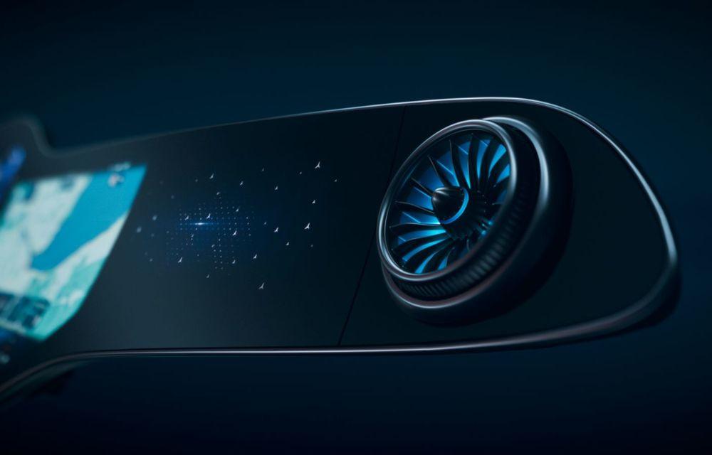 Mercedes prezintă noul sistem de infotainment MBUX Hyperscreen: display curbat de 141 cm - Poza 3