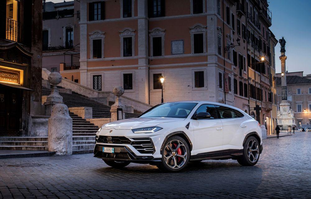 Lamborghini a încheiat 2020 cu aproape 7000 de mașini livrate, semn că pandemia nu i-a ocolit nici pe italieni - Poza 1