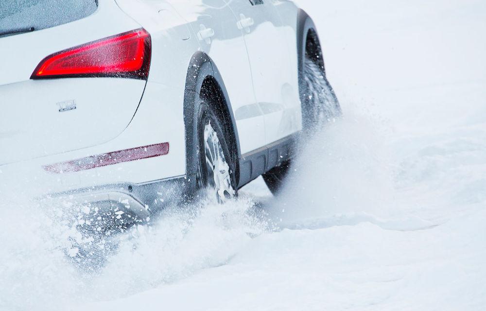 Sondaj: Șoferii din România alocă cel mult 4 ore și 500 de lei pentru pregătirea mașinii de sezonul rece - Poza 1