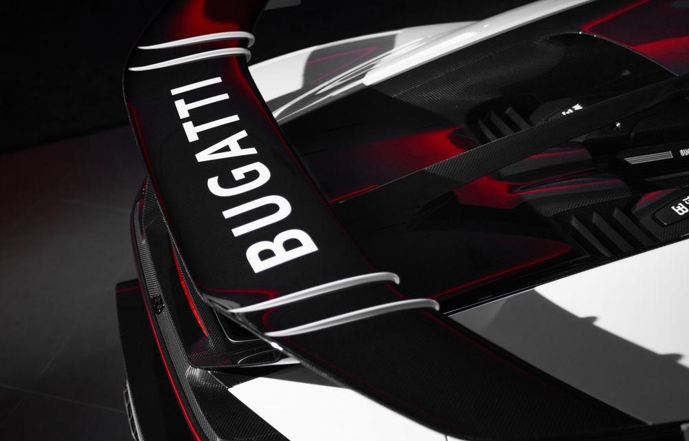 Bugatti a livrat primul exemplar Chiron Pur Sport. Prețul pornește de la 3 milioane de euro - Poza 11