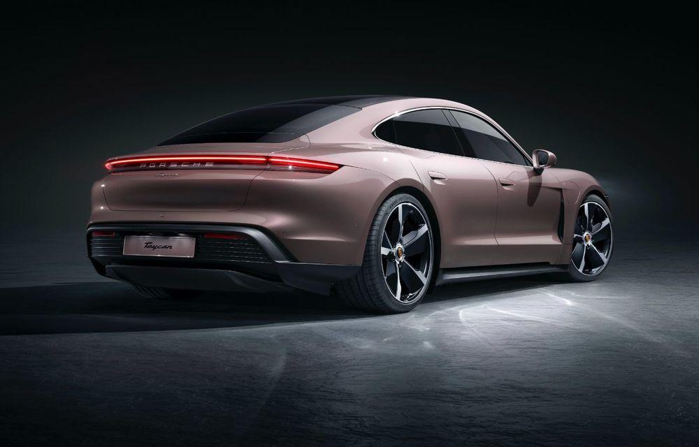 Cel mai accesibil Porsche Taycan: 83.500 de euro pentru versiunea de bază, cu 408 CP - Poza 2