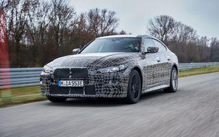 BMW prezintă imagini noi cu prototipul i4: modelul electric va fi lansat în acest an