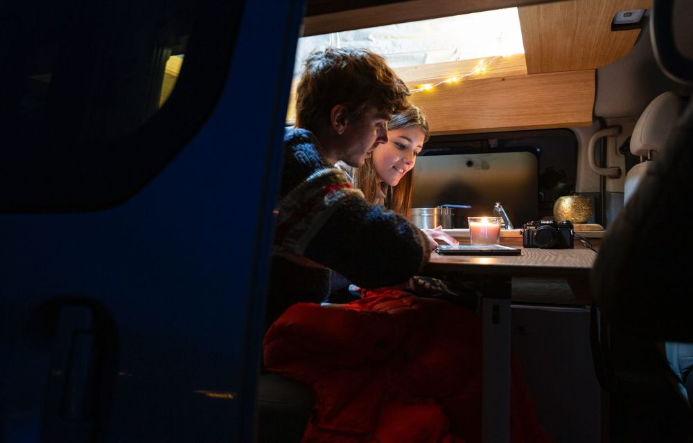 Nissan e-NV200 Winter Camper este rulota electrică pentru o aventură invernală - Poza 9