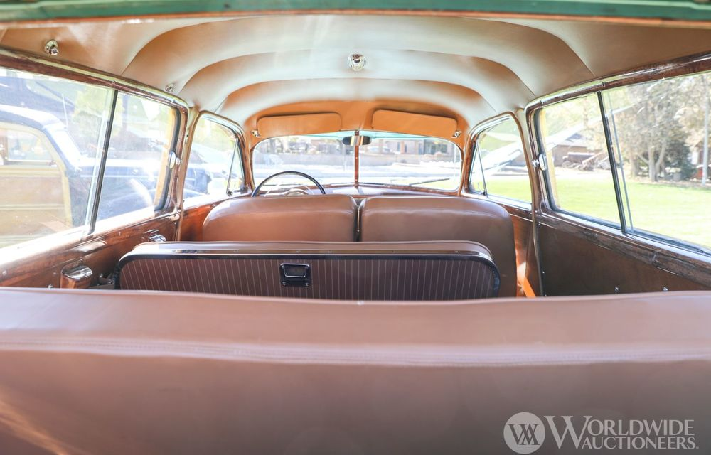 Mașini cu caroserie din lemn: șase exemplare foarte rare, scoase la iveală în America - Poza 29