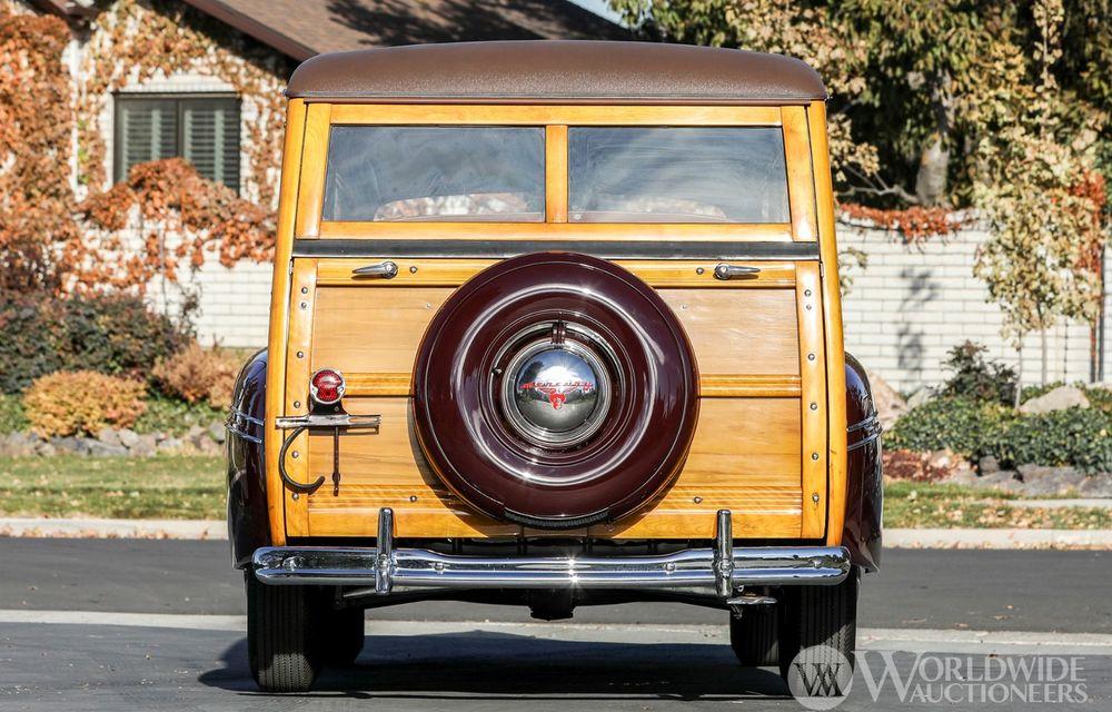 Mașini cu caroserie din lemn: șase exemplare foarte rare, scoase la iveală în America - Poza 12