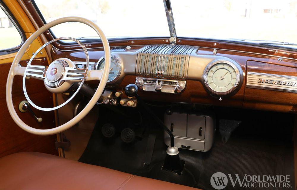 Mașini cu caroserie din lemn: șase exemplare foarte rare, scoase la iveală în America - Poza 6