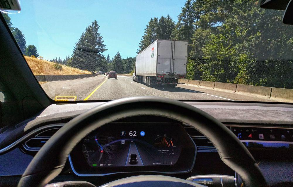 Cele mai periculoase lucruri pe care le facem la volan și ne pun viața în pericol - Poza 21