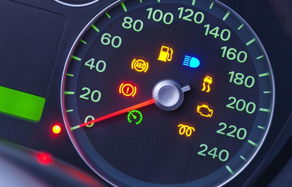 Cele mai periculoase lucruri pe care le facem la volan și ne pun viața în pericol - Poza 10
