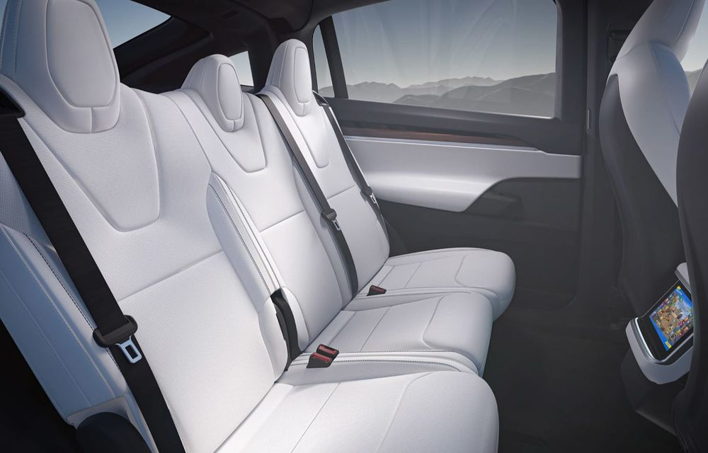 Tesla Model X facelift: până la 1020 CP și un volan care stârnește multe controverse - Poza 10