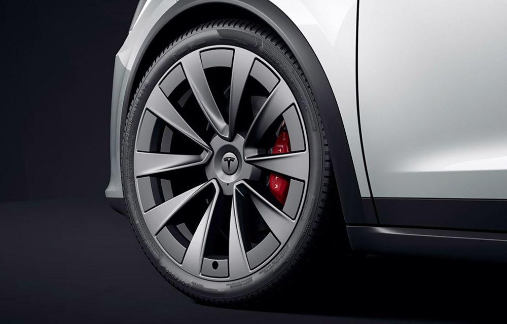 Tesla Model X facelift: până la 1020 CP și un volan care stârnește multe controverse - Poza 11